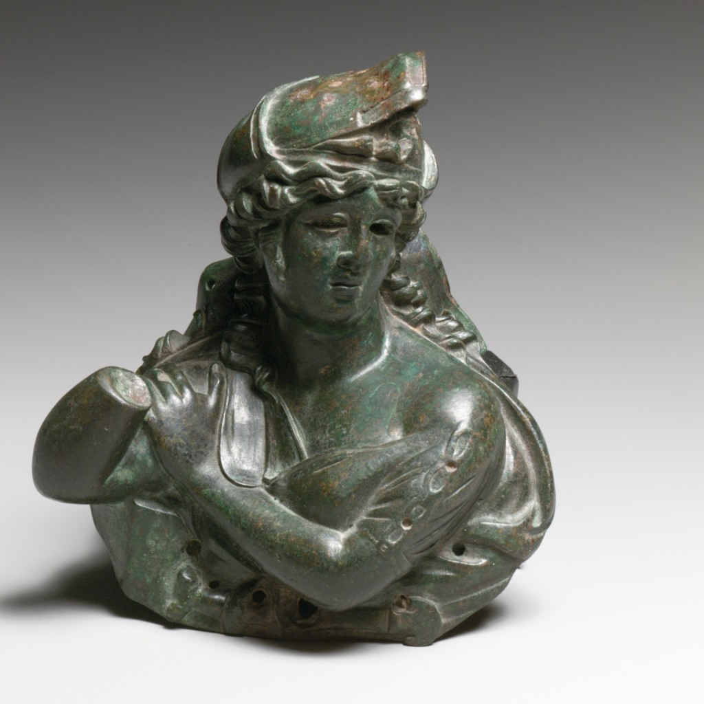 『Bronze bust of an Amazon(アマゾンブロンズ胸像)』